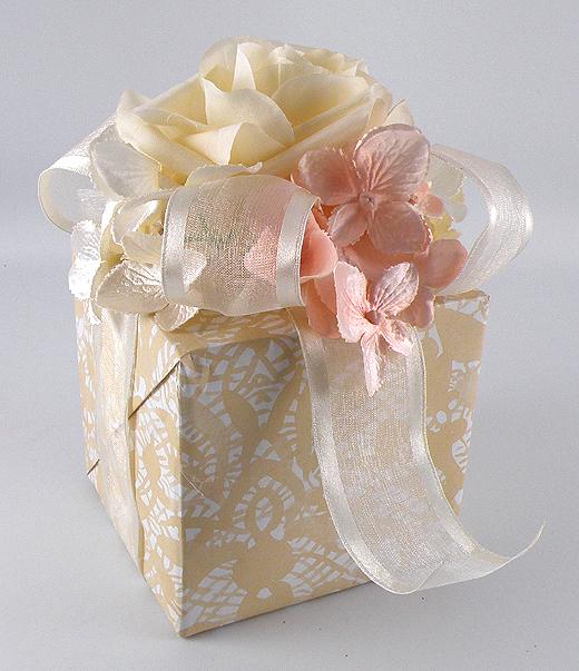 Wedding Gift Box Ideas: Vintage Wedding Gift Wrap